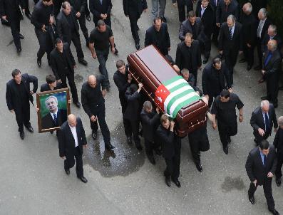 ABHAZYA - Putin Cenaze Töreni İçin Abhazya'Da; Gürcistan'La İlişkiler Düzelir