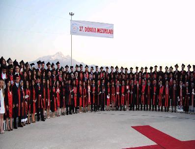 MUSTAFA HOTMAN - Tıp Fakültesi 37. Dönem Mezunlarını Verdi