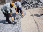 Arifiye Belediyesi 2011'De 25 Bin Metrekare Beton Parke Ve Bordür Döşeyecek