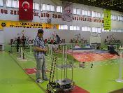 Celal Bayar Üniversitesi Robot Yarışması'nda İkinci Oldu