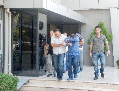 NURETTIN ALTUN - Kasa Hırsızları, Çaldıkları Parayı Harcayamadan Yakalandı