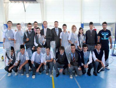 SıDKı ZEHIN - Minik Kulüpler Türkiye Badminton Şampiyonası, Taşköprü`de Başladı