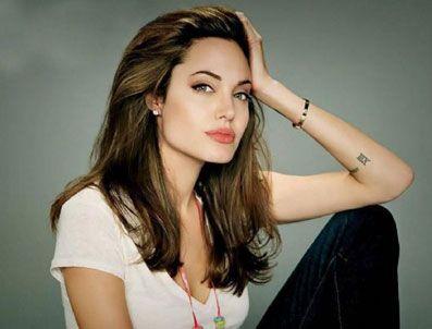 SAHRA ÇÖLÜ - Angelina Jolie'nin Sahra hayali