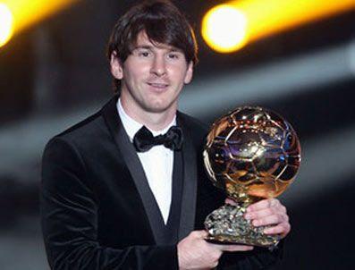VAN BASTEN - Messi 3. kez Altın Top'un sahibi oldu