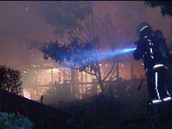 SÜLEYMAN SEBA - Bjk Plaza'daki 2 Kafeteryada Yangın