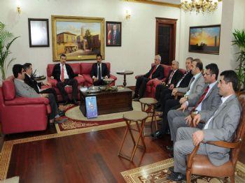 EVRENSEL GAZETESI - Memur-sen Genel Başkanı, Vali Güvenç'i Ziyaret Etti
