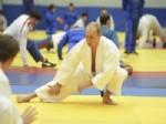 STEVEN SEAGAL - Putin 60 Yaşında Judo'nun Ustası Oldu, 8 Dan Aldı
