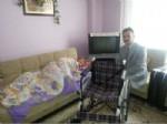 İŞİTME CİHAZI - Hafize Nineye Tekerlekli Sandalye