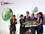 İSMAIL SELÇUK - Kimya Projesiyle Okuluna Birincilik Kazandırdı