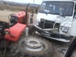 ENGILI - Akşehir'de Minibüsle Traktör Çarpıştı