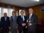 DELIILYAS - Deliilyas Belediye Başkanı Akbulut'tan, İşkur İl Müdürü Soysal'a Plaket