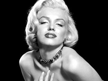 Marilyn Monroe komünist şüphesiyle izlenmiş