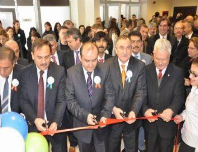 - 20120223_aibu-de-yenilenen-sosyal-tesis-ve-uygulama-oteli-acildi