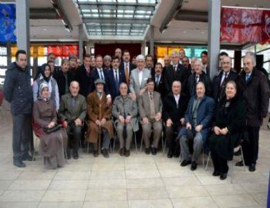 AK Parti Odunpazarı İlçe Başkanları Bölge Muhtarları İle Biraraya Geldi