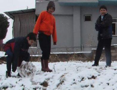 Alaşehir'de Okullara Bir Gün Kar Tatili