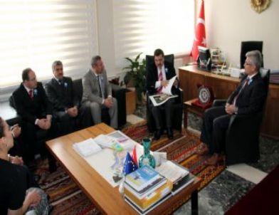 Bitlis'te Vergi Haftası Kutlamaları