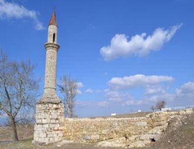 Çarşı Camisinin Minaresi Restore Ediliyor