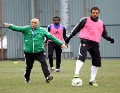 Gaziantepspor'da İstanbul Büyükşehir Belediyespor Mesaisi Başladı