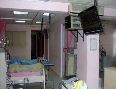 Gediz Devlet Hastanesi'nden Diyaliz Hastalarına Televizyon İzleme İmkanı