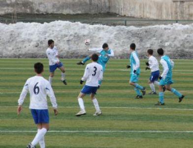 Hakkari'de Liseler Arası Futbol Müsabakaları