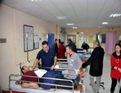 İşçileri Yaşıyan Minibüs Takla Attı: 35 Yaralı