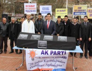 Kırşehir'de 28 Şubat İktidarını Siyah Tabutla Gömdüler