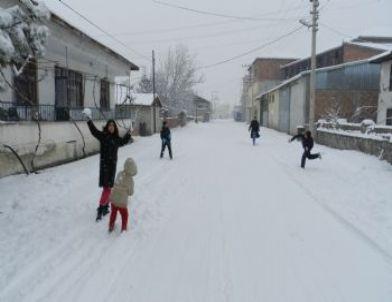 Osmancık'ta Okullar Tatil Edildi