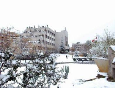 Salihli'ye 4 Yıl Sonra Kar Yağdı