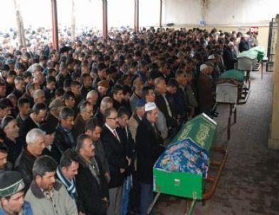 Tokat'ta Sobadan Sızan Gazdan Zehirlenen 4 Kişi Toprağa Verildi