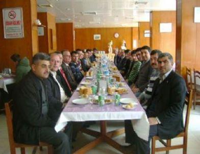 Türk Eğitim-sen İlçe Yöneticileri Sandıklı'da Buluştu