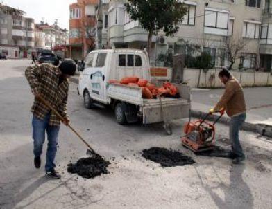 Akçay'da Asfalt Yama Çalışmaları Başladı