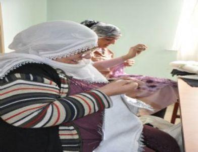 Bağlarlı Kadınların Biçki-dikiş Kursu Devam Ediyor