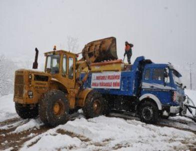 Başiskele Belediyesi Karla Mücadele Çalışmalarını Sürdürüyor
