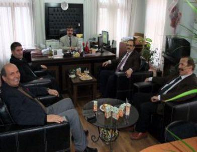 Başkan Şahin'den Vergi Dairesine İadeyi Ziyaret