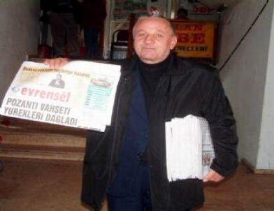 Burhaniye'de Gazete Dağıtan İlçe Başkanı