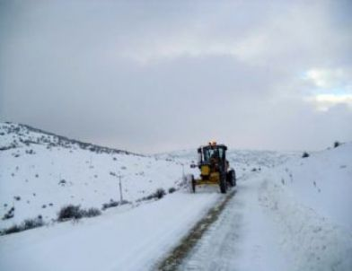 Çorum'da 473 Köy Yolu Ulaşıma Kapadı