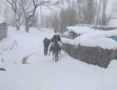 Erzurum-Bingöl Karayolu Tipi Nedeniyle Ulaşıma Kapandı