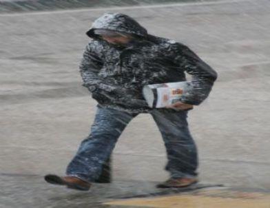 Gaziantep'te Yoğun Kar Yağışı Başladı