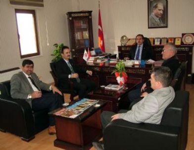 Göynük Belediye Başkanı Özbek, İl Müftüsü Öztürk'ü Ziyaret Etti