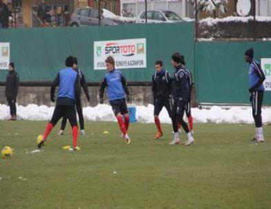 Karabükspor'da Bursaspor Maçı Hazırlıkları Sürüyor
