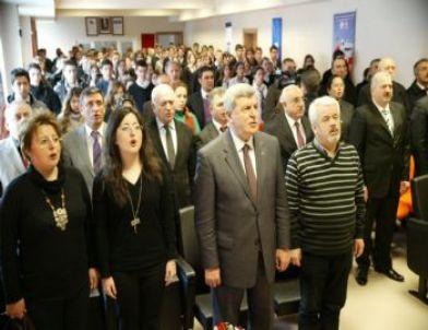 Kocaeli'de Üniversite Sınavında Dereceye Giren Öğrenciler Otomobil Sahibi Oluyor