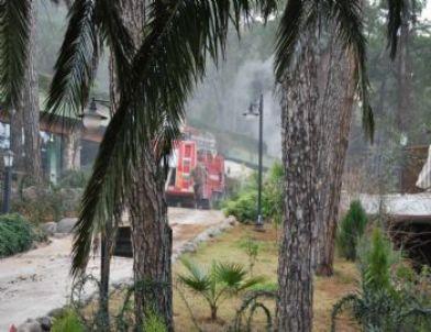 Marmaris'te Otel Yangını Ucuz Atlatıldı