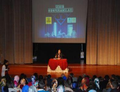 Şehir Konferansları'na Mustafa Armağan Konuk Oldu