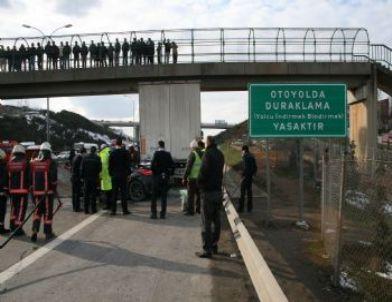Tem Otoyolu'nda Trafik Kazası: 1 Ölü