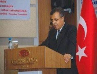 Uluslararası Üniversiteler Konseyi Başkanı Azizoğlu: 'Maneviyatı Yüksek Nesil Ulusal Geleceğin Teminatıdır'