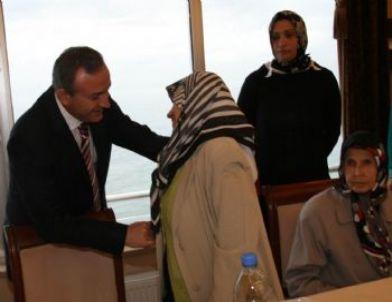 """Vali Kızılcık: """"eşi Vefat Eden Muhtaç Kadınlara Yardım Desteği Sağlanacak"""""""