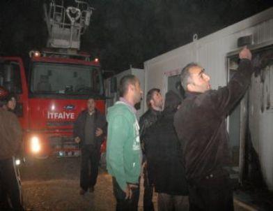 Van'da Konteynır Yangını