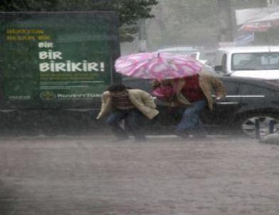 Yağmur Hayatı Olumsuz Etkiliyor