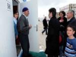 AHMEDI HANI - Başkan Kaya, Konteynır Kent Gezilerine Devam Ediyor