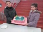 PI SAYıSı - Öğrenciler 'Dünya Pi Günü'nü Pasta Keserek Kutladı
